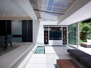 St John's Wood, London Minimalist windows & doors by Maxlight Minimalist