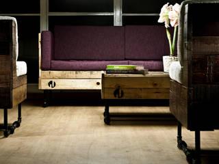 Sillón Yon y Mesa Alva: Salas de estilo  por Mecate Studio