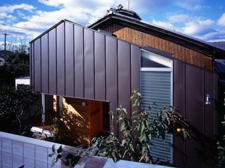Maisons de style  par 岩本賀伴建築設計事務所