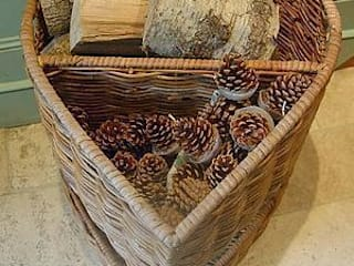 Heart Shaped Log Basket: eclectic  by Hunter Gatherer, Eclectic