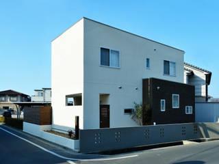 アウトリビングのある家: 青木建築設計事務所が手掛けた家です。,
