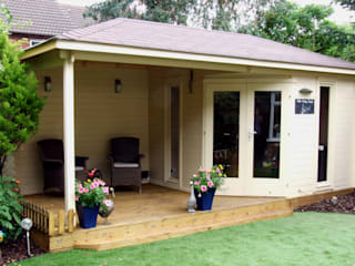Highgrove Cabin Bicester Oxfordshire:  Study/office by The Gazebo Company