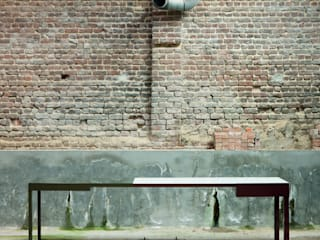 B-TWO  BY BRUNO VERMEERSCH:  Eetkamer door colect