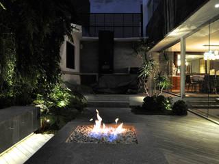 modern Garden by DF ARQUITECTOS