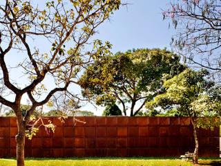 Casa BLM: Casas  por ATRIA,Minimalista