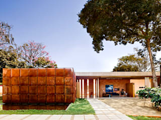 BLM House Minimalist houses by ATRIA Minimalist