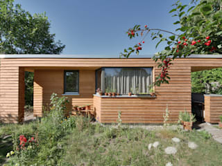 Jardines de estilo moderno de Lennart Häger Architekt Moderno