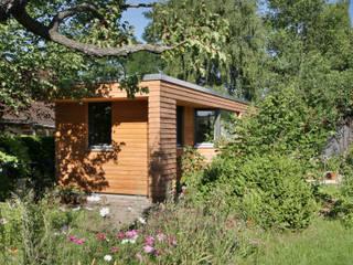 Ansicht außen: moderner Garten von Lennart Häger Architekt