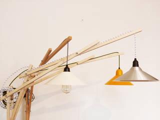 Lampe Battle:  de style  par Tony Balmé - Menuisier Designer