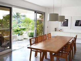 São Paulo - Apartment Comedores de estilo moderno de SAO Arquitetura Moderno
