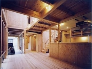 Asiatische Wohnzimmer von H2O設計室 ( H2O Architectural design office ) Asiatisch