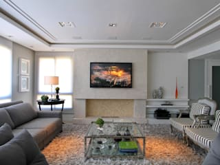 Living room by Francisco Humberto Franck, Modern