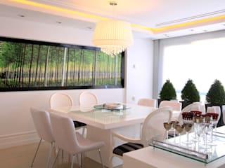 Modern dining room by Francisco Humberto Franck Modern
