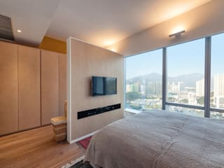 BI's RESIDENCE:  Bedroom by arctitudesign