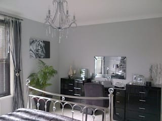 Glamorous Monochrome Bedroom Kerry Holden Interiors Dormitorios eclécticos