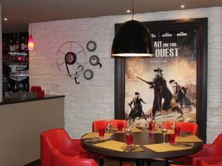 Restaurant LE CAPRI: Restaurants de style  par CTERRA - Crystelle Terrasson