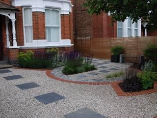 West London Contemporary Front Garden Modern garden by Christine Wilkie Garden Design Modern