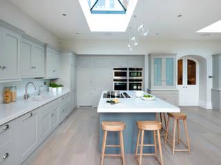 Modern meets Edwardian. homify Kitchen