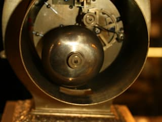 經典  by London Antique Clock Centre, 古典風