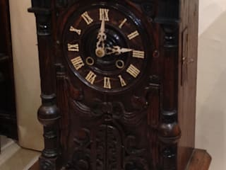 Black Forest Trumpeter Clock.: classic  by London Antique Clock Centre, Classic