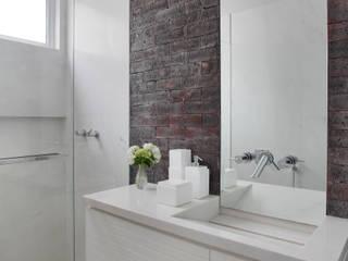 Studio ro+ca 現代浴室設計點子、靈感&圖片