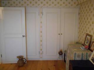 ベッドルーム 2.: VINTAGE-RENOVATION by masuoka-designが手掛けた壁です。