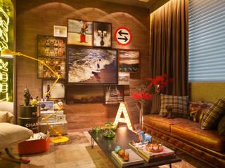 Casa Cor RJ - 2014: Salas de estar  por Studio ro+ca,