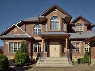 ANIMA Casas de estilo clásico