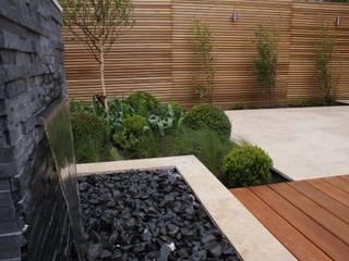 modern  by Hannah Collins Garden Design, Modern
