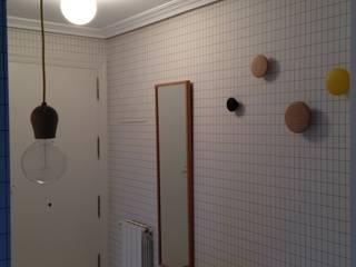 斯堪的納維亞風格的走廊,走廊和樓梯 根據 cuandodavidllegoadurango 北歐風