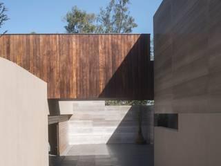 BB Residence Case moderne di Gantous Arquitectos Moderno