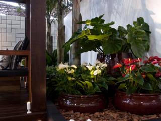 Jardines de estilo  por Folha Paisagismo, Moderno