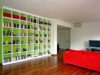 Wohnzimmer von Studio Erre s.a.s.