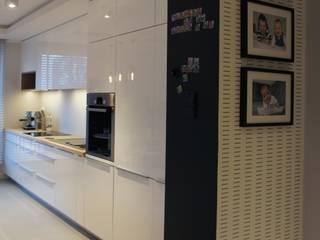 apartament Płock Nowoczesna kuchnia od abostudio Nowoczesny