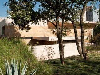 AV Residence Modern Evler Gantous Arquitectos Modern