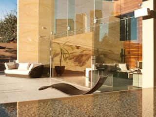 AV Residence Modern Balkon, Veranda & Teras Gantous Arquitectos Modern