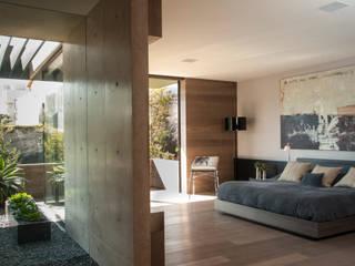 Casa ML: Recámaras de estilo  por Gantous Arquitectos