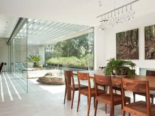 Dining room by Gantous Arquitectos