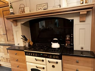 Blackmoor Country style kitchen by Thoroughly Wood Country