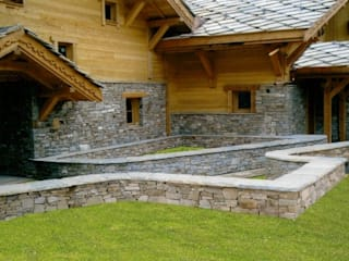 Luserna Stone Rustic style house