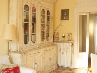 Salas de estar clássicas por Cinzia Corbetta Clássico