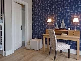 Apartament na Mazurach: styl , w kategorii Domowe biuro i gabinet zaprojektowany przez BBHome Design