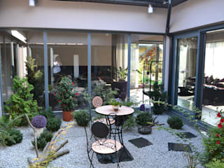Autorskie Studio Projektu QUBATURA Moderner Wintergarten