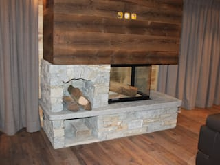 Luserna Stone Rustic style living room