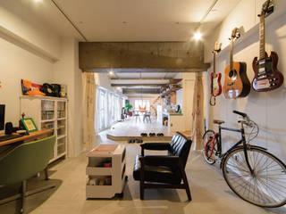 オープンサニタリーの家 株式会社 アポロ計画 リノベエステイト事業部 カントリーデザインの 多目的室
