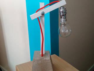 Design // Lampe bois-béton:  de style  par Atelier Am