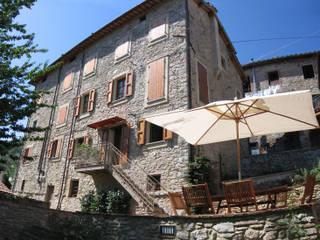 Rustic style house by Studio Architettura x Sostenibilità Rustic