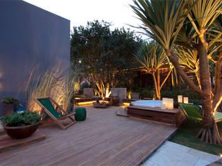 ricardo pessuto paisagismo Jardines de estilo moderno
