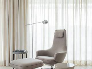 Salas de estar modernas por Triplex Arquitetura Moderno