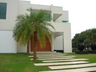 ricardo pessuto paisagismo Jardines de estilo minimalista